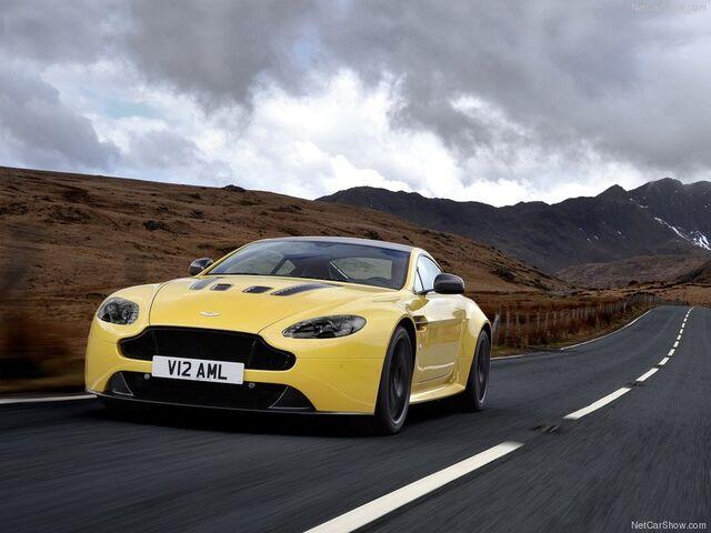 File:Aston Martin-V12 Vantage S 2014 800x600 wallpaper 01.jpg