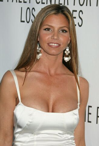 File:Charisma carpenter-9489.jpg