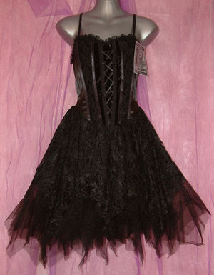File:Gothicdress.jpg