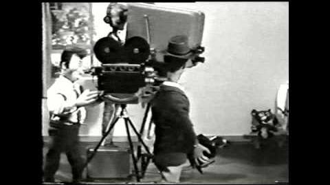 1958 - Dutchy Brings the latest World News