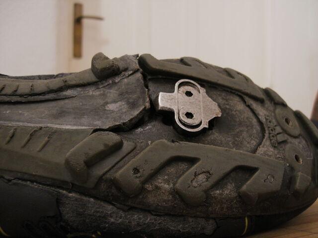 Datei:Alter Schuh.jpg
