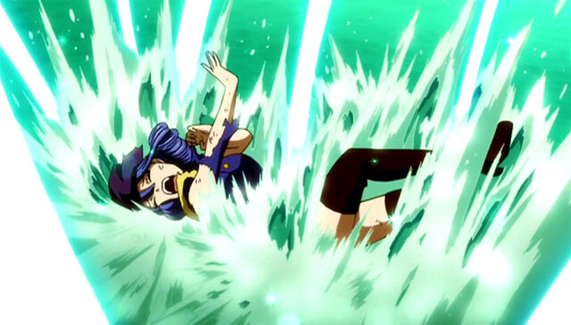 File:Juvia badly hurted by Meredy's blades.jpg