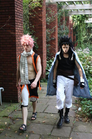 File:GajeelNatsuGardenCosplay.jpg