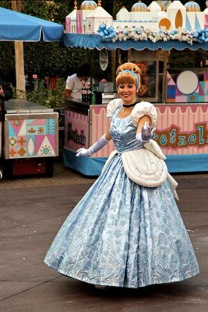 Cinderella1-972