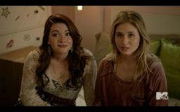 1x02 Amy & Karma01