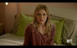 1x02 Amy02