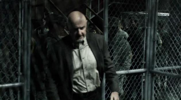 File:Falling-Skies-S2-X09-Manchester-arrested.jpg