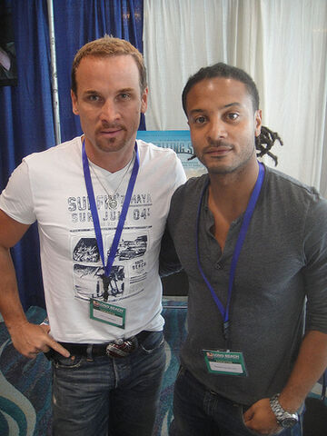 File:Long Beach Comic Expo 2012 - Colin Cunningham and Brandon Jay McLaren from TNT's Falling Skies.jpg