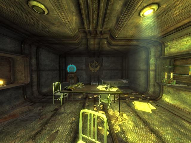 File:FONV Bunker 13 Living Quarters 2.png