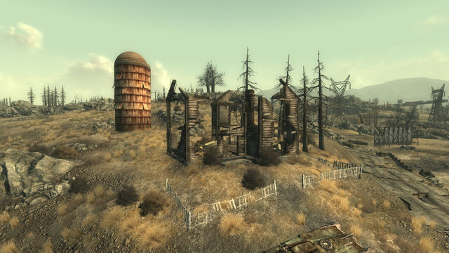File:Ruined Farmhouse.jpg