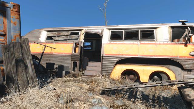 File:FO4 Big John salvage bus.png