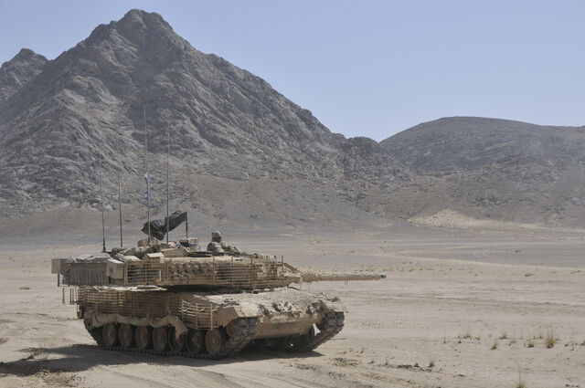 File:Leopard2A6M Lord Strathconas Horse.jpg