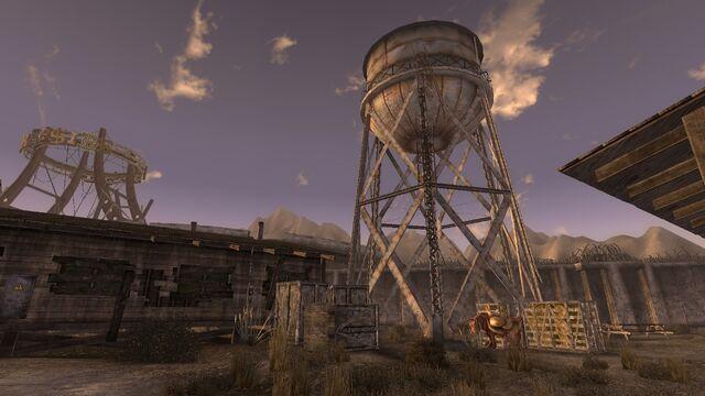 File:Crimsonwatertower.jpg