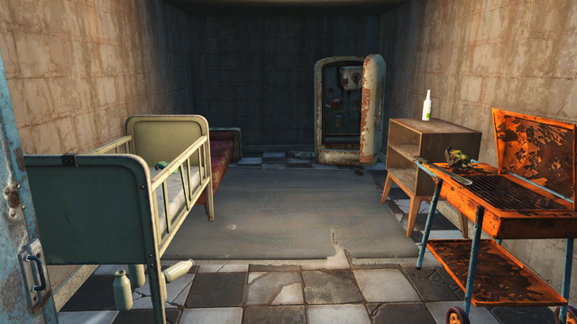 File:FO4 Starlight drive in backroom 1.png