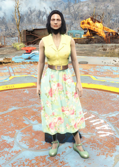 File:Flowery dress yellow.png