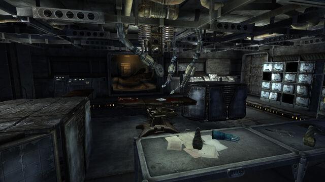 File:Z-14 Pepsinae DNA SL interior.jpg
