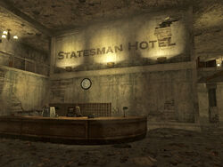 Statesman Hotel lobby.jpg