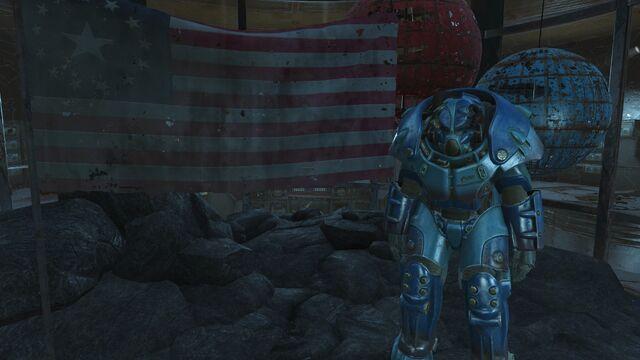 File:Quantum X-01 Mk.V power armor display case.jpg