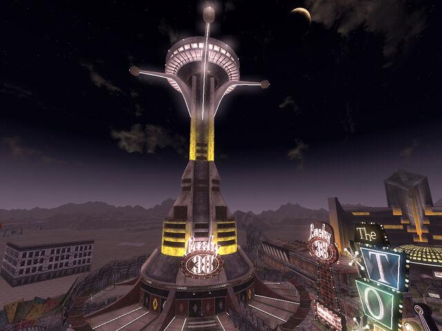 File:Lucky 38 vista at night.jpg