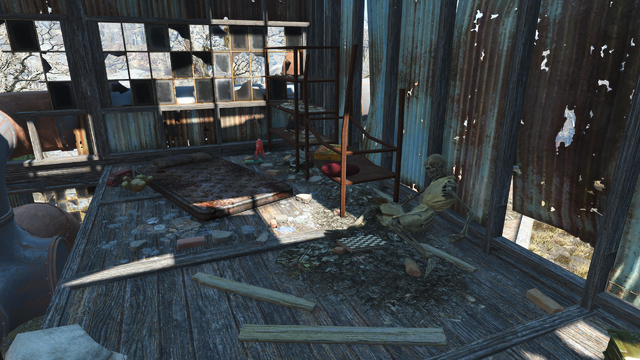 File:FO4 Parsons Creamery toys.png