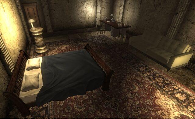 File:Tenpenny's private suite.jpg