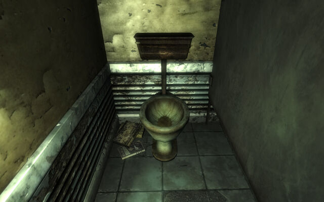 File:Mama Dolce's Crapper with a Guns and Bullets.jpg