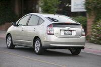 2004 Toyota Prius a