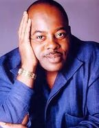 Reginald VelJohnson (doing the pose)