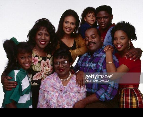 File:Family matters cast 1992.jpg