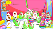 Easter-eggggy-costumebattle-room1