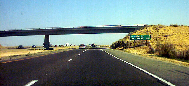 File:Interstate5incentralvalley.jpg