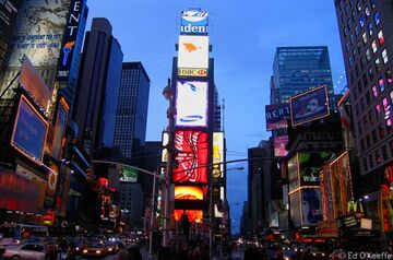 Time-Square-by-boomvisits-6