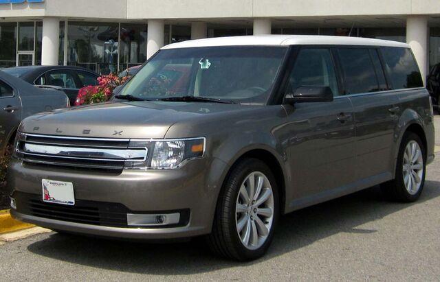 File:2013 Ford Flex -- 07-11-2012.JPG