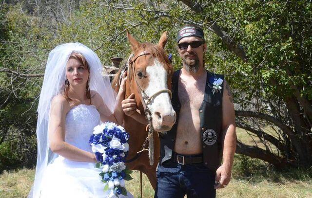 File:Bikerman wife and horse from dildonian fb feed thread 8982963.jpg