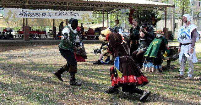 File:Spring Coronet Fencing.jpg