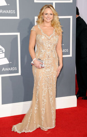 File:Grammys-e2012-Who-Wore-What-2.jpeg