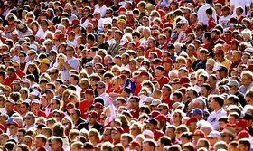 Crowd-702052
