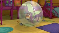 Bouncing in the round bubble