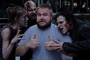 Robert-Kirkman-Zombies 02-e1432227884395