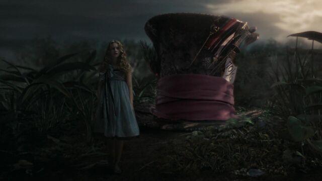 File:Alice-in-wonderland-disneyscreencaps.com-4635.jpg