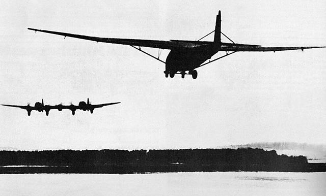 File:Messerschmitt-me-321-glider-01.png
