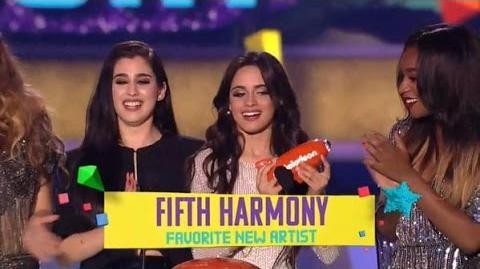 Fifth Harmony wins KCA 2015 - Favorite New Artist 28 03