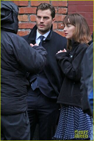 File:Fifty-shades-darker-set-photo-66.jpg