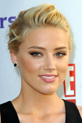 File:Amber-Heard-NBC-Universal-Press-Tour-All-Star-Party-in-Beverly-Hills-August-1-amber-heard-24226979-1000-1500.jpg