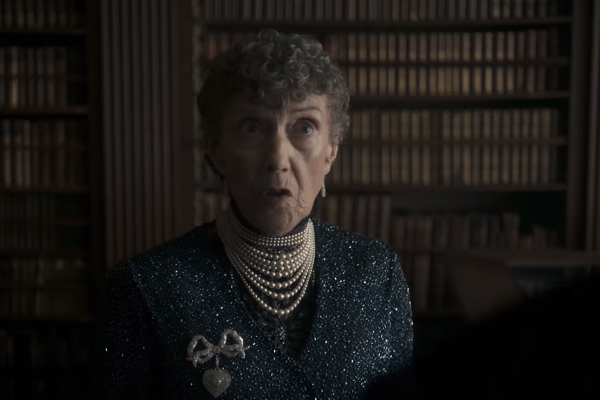 File:EileenAtkins TheCrown.png