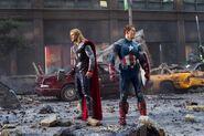 Avengers-009