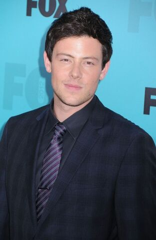 File:Cory Monteith Celebs FOX Upfronts After Party 802MNAjASGml.jpg