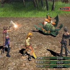 Yuna as a Gunner attacking in <i><a href=