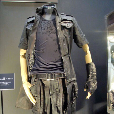 Noctis's finalized clothing, as designed by Hiromu Takahara.