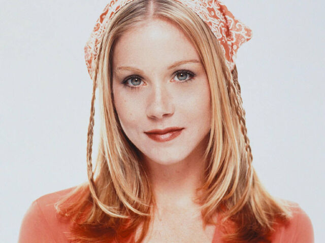 File:Ishawlia overviewrep(ChristinaApplegate).jpg